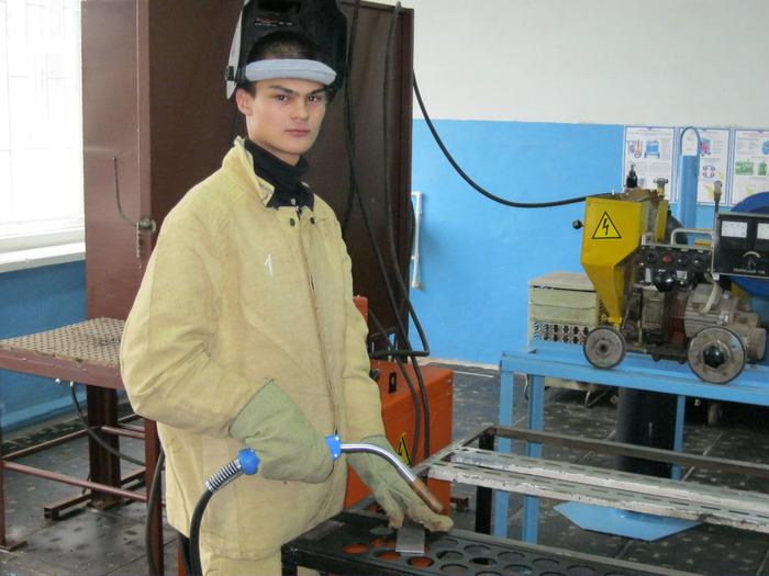 Юный наладчик сварочного оборудования